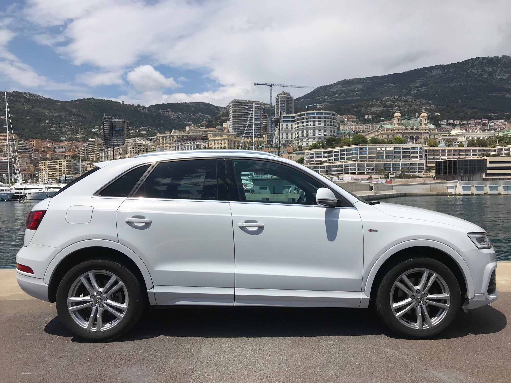 audi q3 2 2 0 tdi 150 s line quattro s tronic s l ctionn par rs monaco. Black Bedroom Furniture Sets. Home Design Ideas