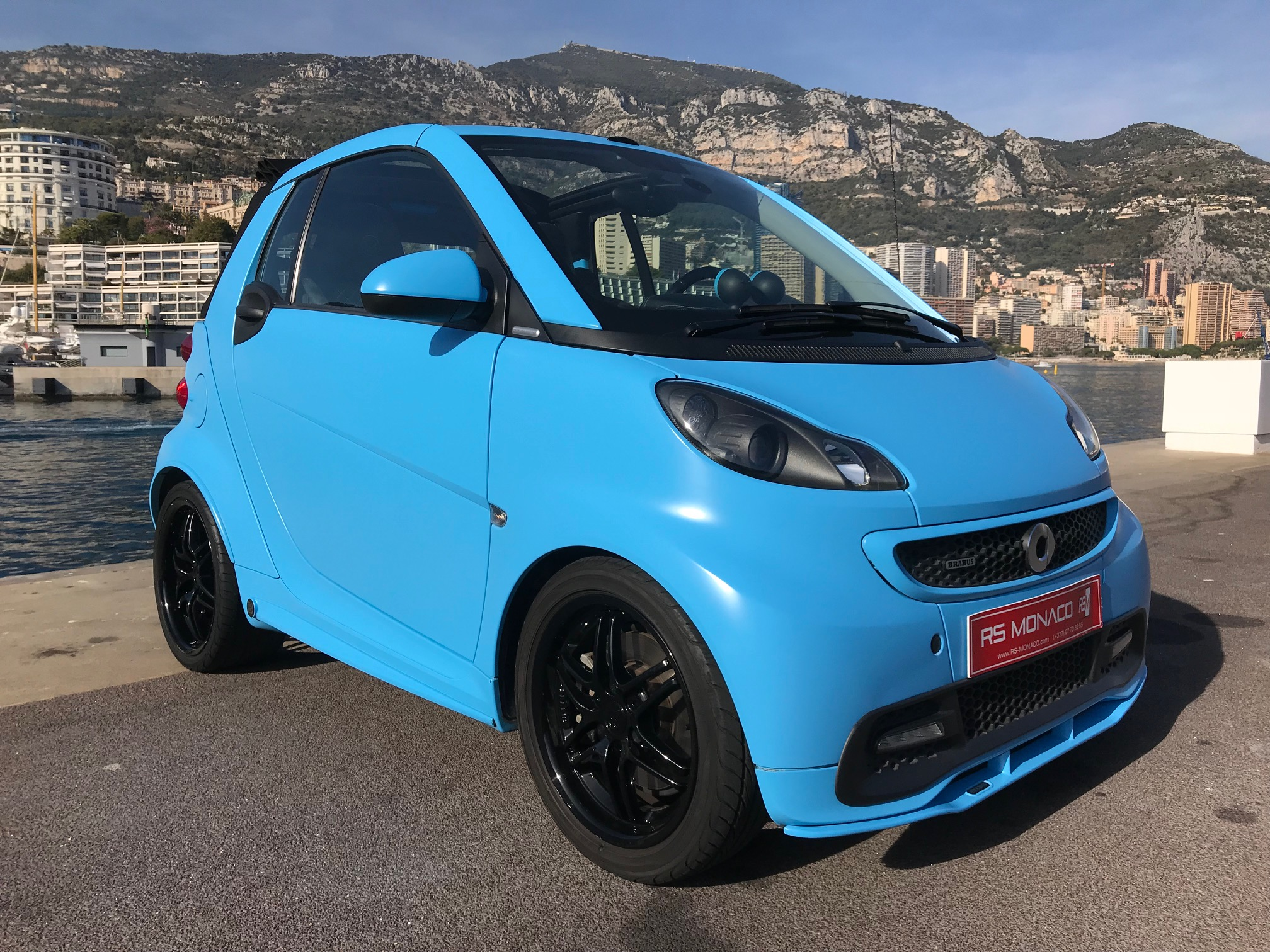 smart fortwo brabus cabrio 75 kw s l ctionn par rs monaco. Black Bedroom Furniture Sets. Home Design Ideas